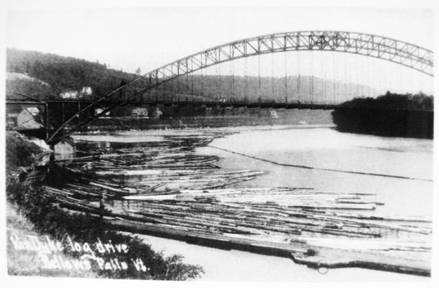 <p>C&rsquo;est notamment le poids politique de son fr&egrave;re George, le &laquo; King of the Connecticut River &raquo; comme on le surnommait,&nbsp; qui permit d&rsquo;amener le chemin de fer dans la r&eacute;gion. Il &eacute;tait le plus important capitaliste foncier du canton. &Agrave; sa mort en 1909 il poss&eacute;dait plus de 10 millions de dollars</p>