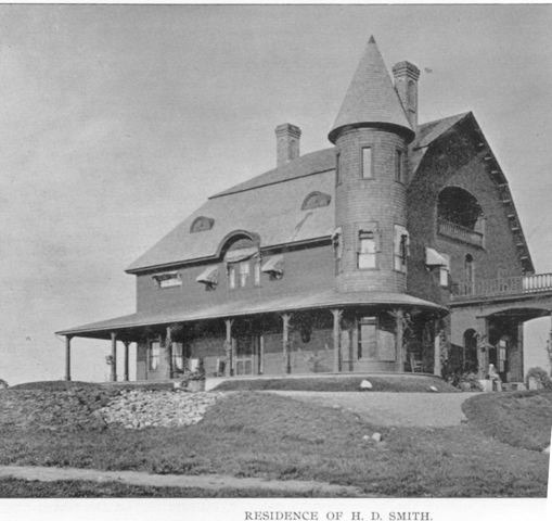 <p>The Ingleside Farm was a property of 920 acres. Here you can see the Smith residence which was the farmhouse. It was powered by electricity from a private powerhouse.</p>