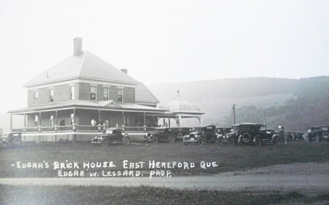 <p>During an afternoon in November 1900, the three barns, the shelters and all the structures of the farm were destroyed in a fire. The total losses amounted to approximately $5,000. Thomas Van Dyke probably reconstructed on the same lot the opulent red brick house that you can see on the picture.</p>
