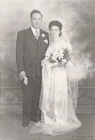 <p>Marie-Marthe Paquin married F&eacute;licien Cr&ecirc;te on June 2, 1945, at the Saint-Marc church in Coaticook.</p>