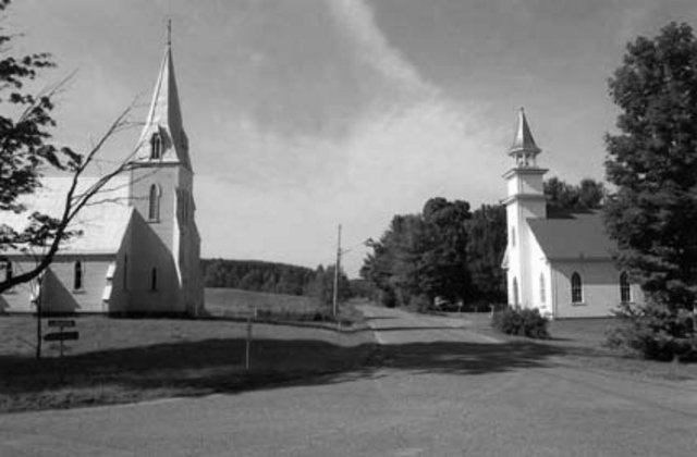 <p>Owner of a woollen mill and woolen cloth weaving mill, Daniel Way gave his name to this bucolic hamlet where you can find today two churches worth the visit.<br /><br />But why two churches?</p>
