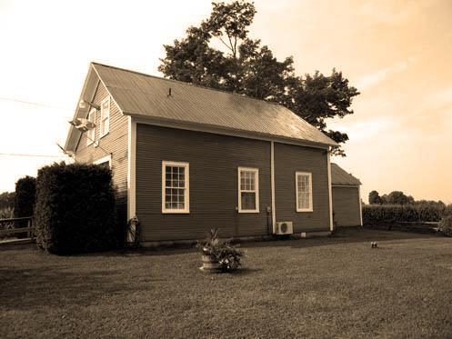 <p>Lors de sa construction, l&rsquo;&eacute;cole de Cassville desservait 26 enfants qui provenaient de 5 familles diff&eacute;rentes. Entre 1850 et la fin du si&egrave;cle, l&rsquo;&eacute;cole a chang&eacute; de nom environ une dizaine de fois.</p>