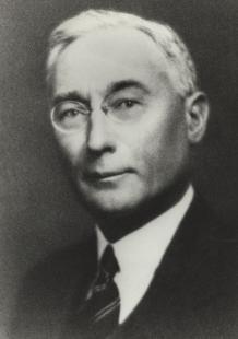 <p>Harry Norton, le fils de Arthur, devint rapidement le bras droit de l&rsquo;entreprise et la vendit peu de temps apr&egrave;s la mort de son p&egrave;re pour en rester actionnaire.</p>