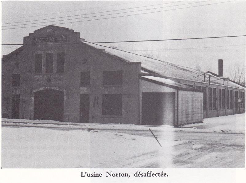 <p>L&rsquo;usine Norton sur la rue Cutting. Lors de la premi&egrave;re guerre, plusieurs usines, dont certaines de celles de Norton, furent appel&eacute;es &agrave; contribuer &agrave; l&rsquo;effort de guerre.</p>