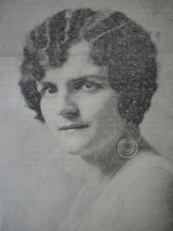 <p>Opera singer in the 1920s-1930s, Jeanne made her father, Denis-Stanislas Bachand, very proud. He was a prosperous merchant who contributed to the cultural and economic development of the Francophone community of Coaticook in the 20th century.</p>