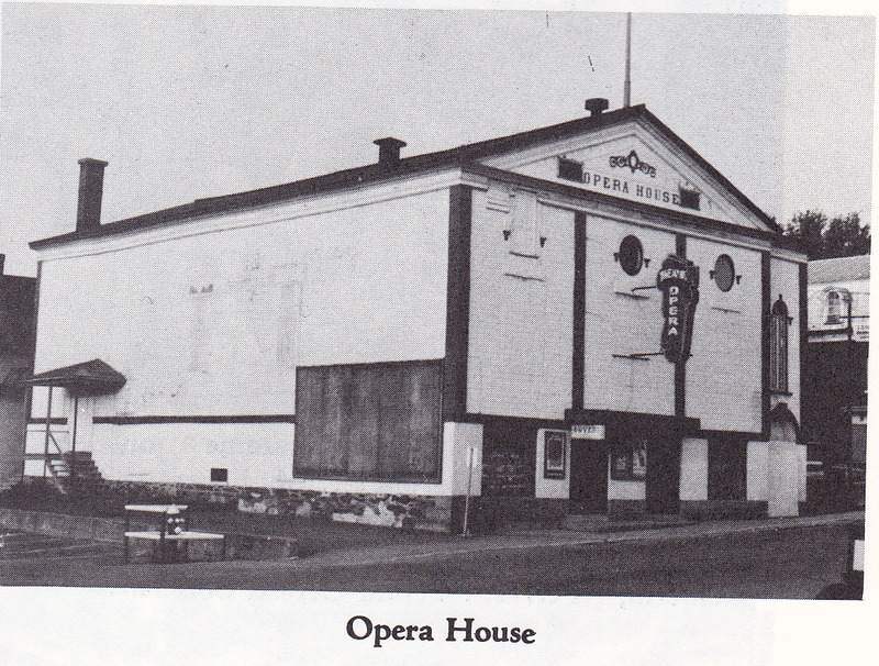 <p>The Opera House of Coaticook, located on Main West street, was open from the early 20th century to 1981.</p>