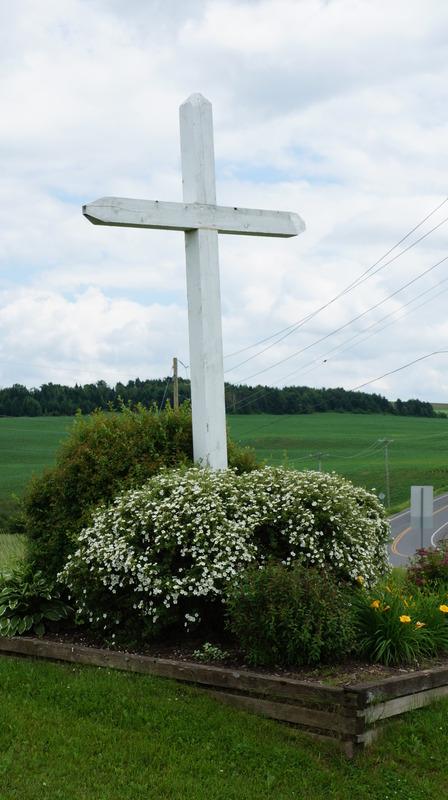<p>Cette croix de chemin vous portera chance pour le reste du voyage!</p>
