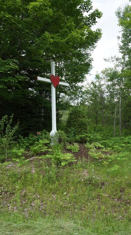 <p>Cette autre croix de chemin de Saint-Herm&eacute;n&eacute;gilde constituerait le dernier t&eacute;moin de l&#39;emplacement de l&#39;ancienne &eacute;cole de rang.</p>