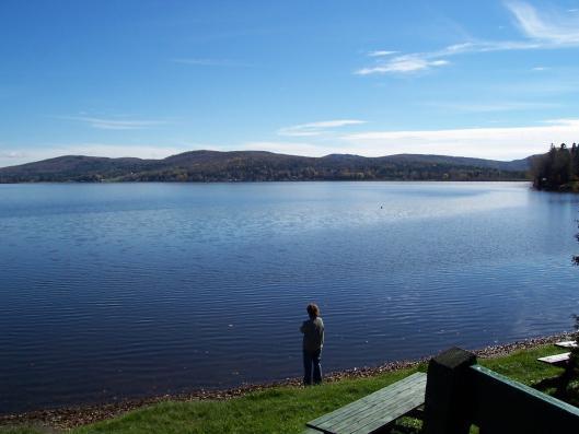 <p>Voici le quatri&egrave;me lac de la municipalit&eacute;, le lac Wallace. Le tiers de sa superficie se trouve aux &Eacute;tats-Unis.</p>