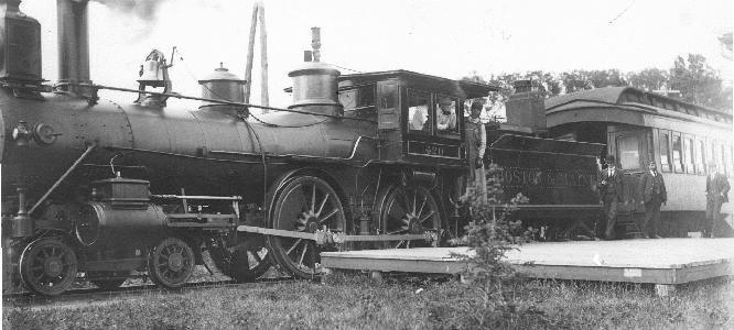 En 1870, Carlton a réussi à faire modifier le tracé du Massawippi Valley Railroad pour qu'Ayers Flat soit desservi par la voie ferrée.
