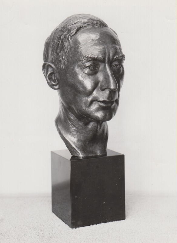 <p>Harry Norton&#39;s Bust, by Orson Wheeler | A great art lover and patron, Harry Norton (1872-1948) was the son of industrialist Arthur Norton. This bronze was sculpted in 1949, not long after his death. The plaster version was made in 1944.</p>