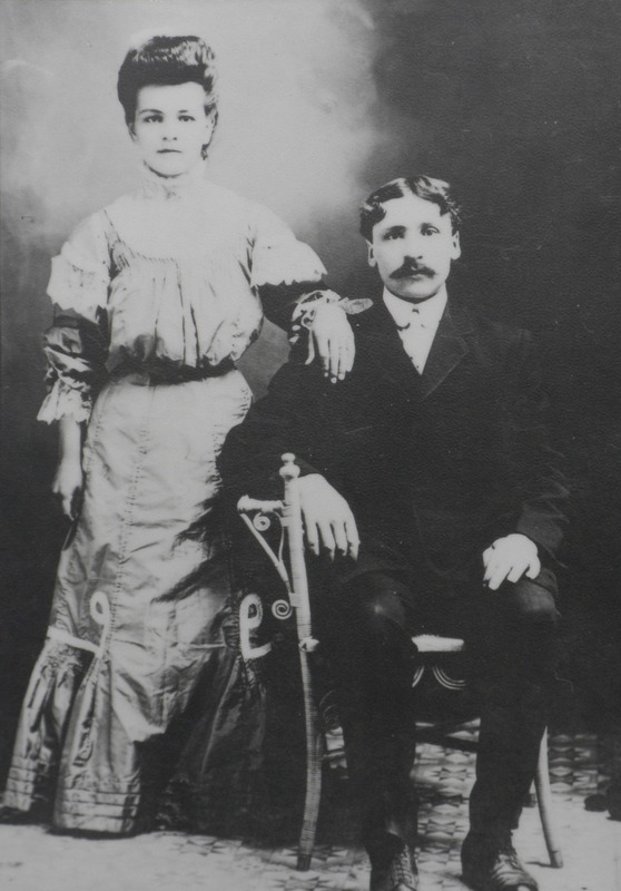 <p>Isidore Madore and Cyrilda Fontaine at their wedding in 1908.</p>