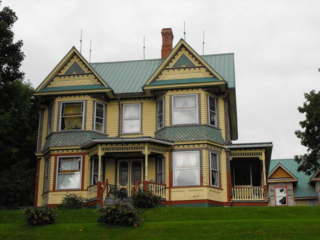 <p>Dudswell est constitu&eacute;e en canton vers 1865 par la famille John Bishop puis, &eacute;rig&eacute;e en municipalit&eacute; depuis 1895.</p>