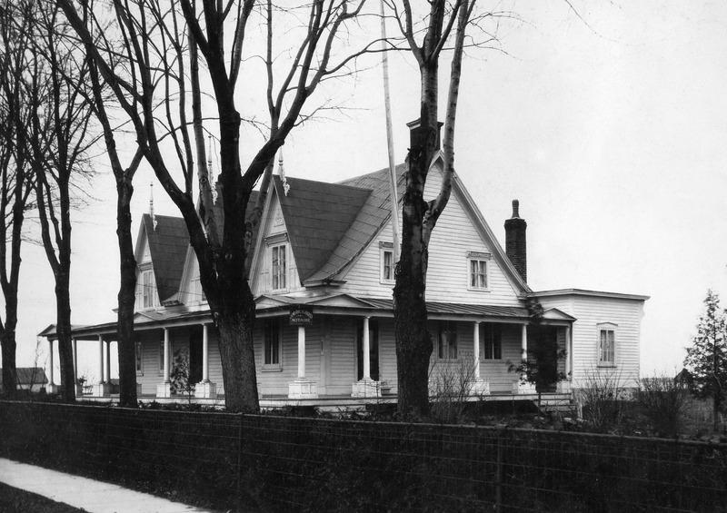<p>La maison Lenoblet-du-Plessis, du temps&nbsp;ou madame Jeanne Cartier y habitait.</p>